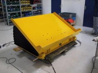 Basculeur de charge pneumatique 2000 Kg - Devis sur Techni-Contact.com - 2
