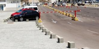 Borne anti-stationnement en béton carrée - Devis sur Techni-Contact.com - 2