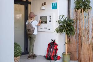 Borne check in hotel - Devis sur Techni-Contact.com - 4