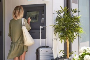 Borne check in hotel - Devis sur Techni-Contact.com - 5