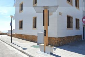 Borne de rechargement smartphone - Devis sur Techni-Contact.com - 1
