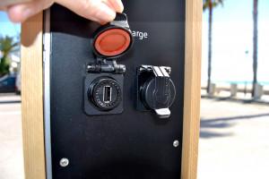 Borne de rechargement smartphone - Devis sur Techni-Contact.com - 4
