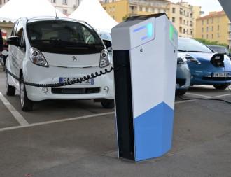 Borne recharge véhicules électrique en voirie - Devis sur Techni-Contact.com - 3
