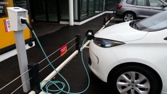 Borne recharge voiture électrique - Devis sur Techni-Contact.com - 3