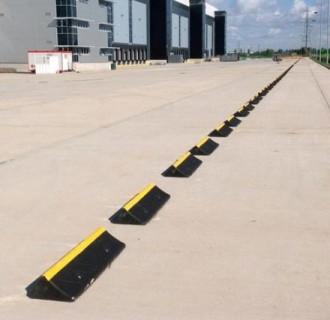 Butée de parking pour camion - Devis sur Techni-Contact.com - 2