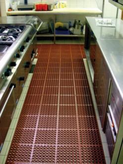 Caillebotis industriel en caoutchouc antidérapant - Devis sur Techni-Contact.com - 1