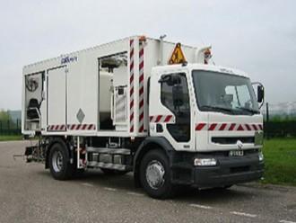 Camion applicateur marquage routier - Devis sur Techni-Contact.com - 2
