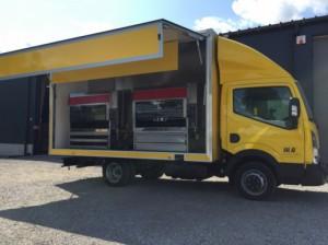Camion rôtisserie Nissan - Devis sur Techni-Contact.com - 1