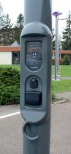 Borne de recharge véhicule sur lampadaire - Devis sur Techni-Contact.com - 3
