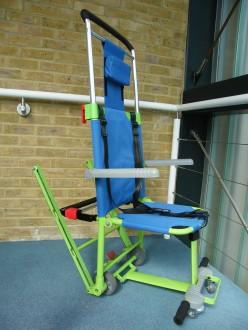 Chaise d'évacuation PMR - Devis sur Techni-Contact.com - 2