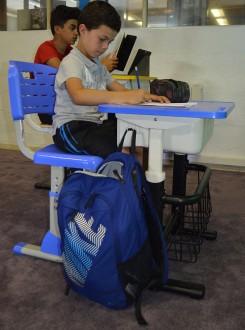 Chaise et bureau scolaire multimédia - Devis sur Techni-Contact.com - 3