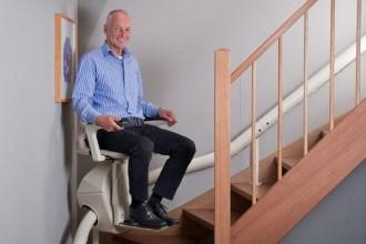 Chaise monte escalier courbe - Devis sur Techni-Contact.com - 1
