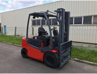 Chariot de manutention 2500 Kg - Devis sur Techni-Contact.com - 1