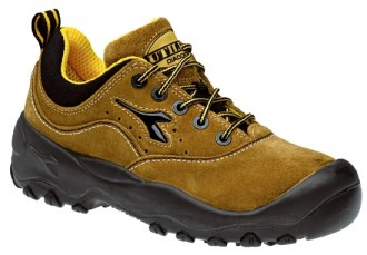 Chaussures de sécurité basses en velours pointure 38 à 48 - Devis sur Techni-Contact.com - 1