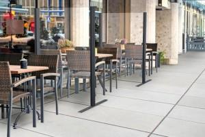 Cloison séparation tables restaurant COVID - Devis sur Techni-Contact.com - 3
