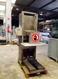 Compacteur tasseur de bac occasion pour conteneurs normalisés 660 à 750 litres - Devis sur Techni-Contact.com - 1