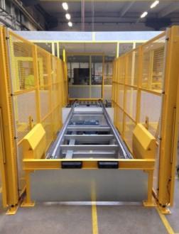Convoyeur à chaîne de manutention - Devis sur Techni-Contact.com - 1