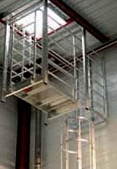 Crinoline et passerelle intérieures pour accès en toiture - Devis sur Techni-Contact.com - 1