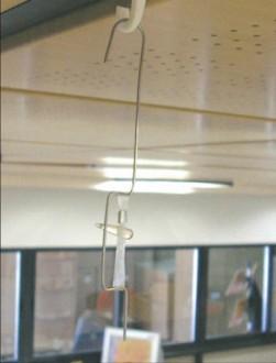 Crochet métallique d'affichage suspendu - Devis sur Techni-Contact.com - 1