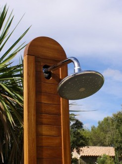Douche solaire en bois - Devis sur Techni-Contact.com - 2