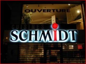 Enseigne magasin retro-éclairée - Devis sur Techni-Contact.com - 2