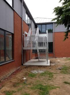 Escalier de secours pour ERP - Devis sur Techni-Contact.com - 1