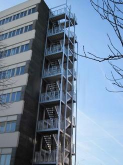 Escalier de secours selon code du travail - Devis sur Techni-Contact.com - 1