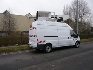 Fourgon nacelle sur camion - Devis sur Techni-Contact.com - 1