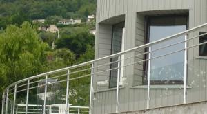 Garde corps en verre et aluminium - Devis sur Techni-Contact.com - 5