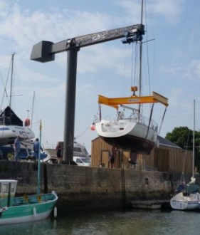 Grue potence pour le levage de bateaux - Devis sur Techni-Contact.com - 1