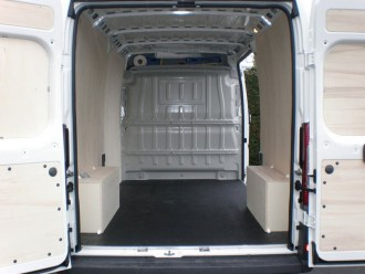 Habillage fourgon utilitaire Peugeot BOXER - Devis sur Techni-Contact.com - 6