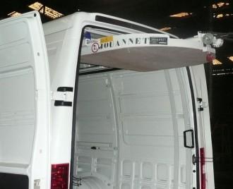 Hayon élévateur de charge pour véhicule utilitaire - Devis sur Techni-Contact.com - 2