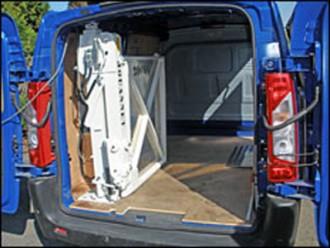 Hayon élévateur fauteuil pour camionnette - Devis sur Techni-Contact.com - 2