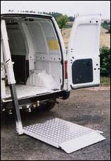 Hayon élévateur fauteuil pour camionnette - Devis sur Techni-Contact.com - 3