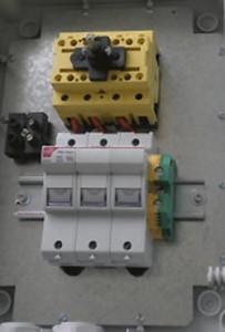 Interrupteur sectionneur avec ou sans fusible - Devis sur Techni-Contact.com - 2