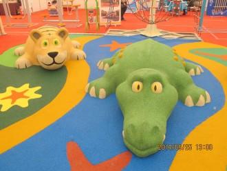 Jeu caoutchouc crocodile 3D pour aire de jeux - Devis sur Techni-Contact.com - 3