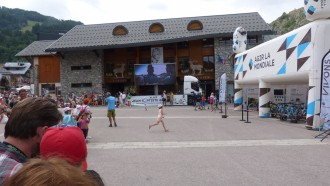 Location camion podium avec écran Led - Devis sur Techni-Contact.com - 4