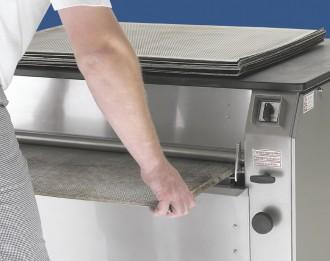 Machine de lavage plaques boulangerie avec huileur - Devis sur Techni-Contact.com - 3