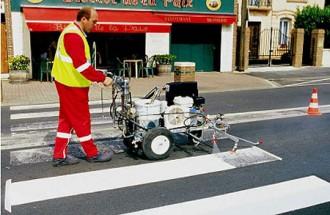 Machine poussée marquage routier - Devis sur Techni-Contact.com - 1