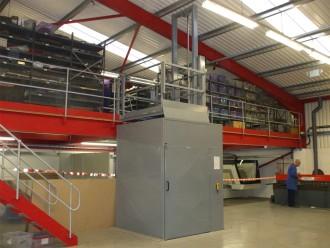 Monte charge industriel 1500 kg - Devis sur Techni-Contact.com - 2