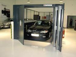 Monte charge industriel pour voiture - Devis sur Techni-Contact.com - 1