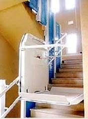 Monte handicapés incliné - Devis sur Techni-Contact.com - 1