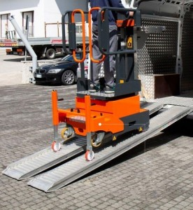 Nacelle élvatrice 5 mètres ultra compacte - Devis sur Techni-Contact.com - 1