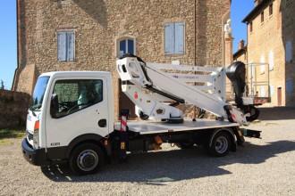 Nacelle sur camion hauteur de travail 20 mètres - Devis sur Techni-Contact.com - 1