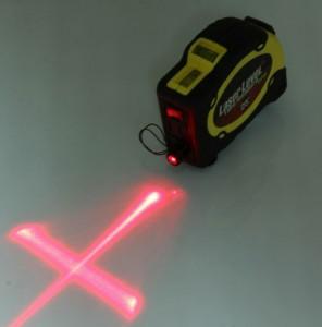 Niveau laser avec ruban de mesure et clip de ceinture - Devis sur Techni-Contact.com - 1