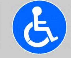 Panneau au sol adhésif handicap - Devis sur Techni-Contact.com - 1