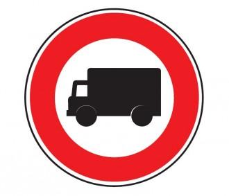 Panneau d'interdiction aux véhicules affectés au transport de marchandises B8 - Devis sur Techni-Contact.com - 1