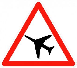 Panneau de traversée d'une aire de danger aérien A23 - Devis sur Techni-Contact.com - 1