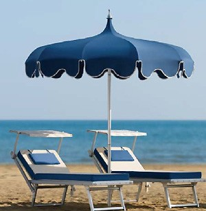 Parasol géant pour plage avec volants - Devis sur Techni-Contact.com - 1