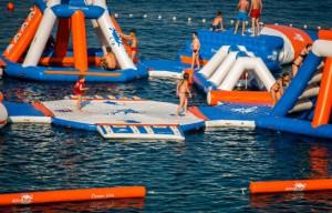 Parc aquatique gonflable 110 personnes - Devis sur Techni-Contact.com - 2